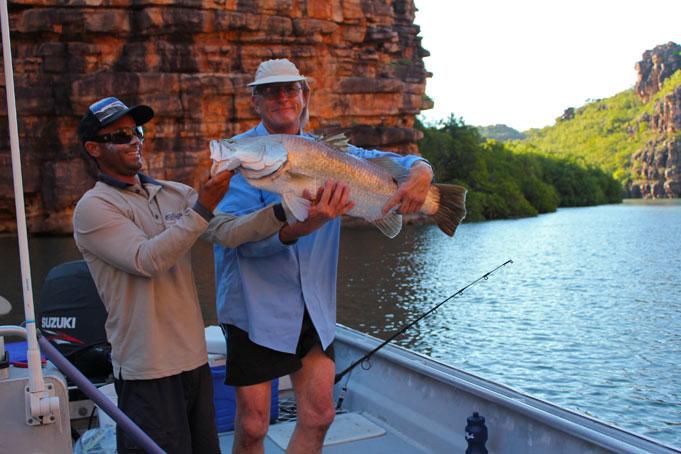 Auf Barramundi fischen