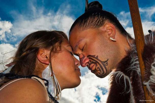 Eine traditionelle Begrüßung der Maori